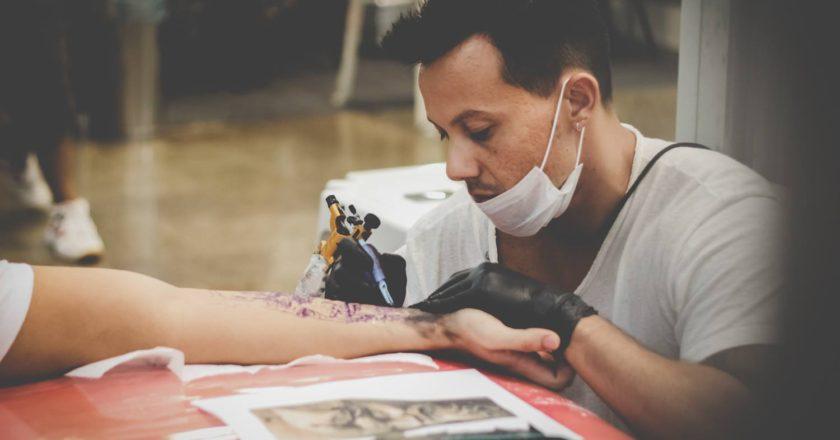 Ruy Pinheiro, um dos melhores tatuadores natalenses